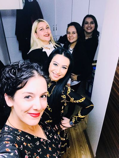 Womensday Kadınlargünü Mersin Portrait Young Adult Young Women Looking At Camera Women Lifestyles Real People Indoors  Smiling Celebration Group Of People People Females Leisure Activity Fashion Beauty Emotion Adult Event Happiness International Women's Day 2019 17.62° My Best Photo