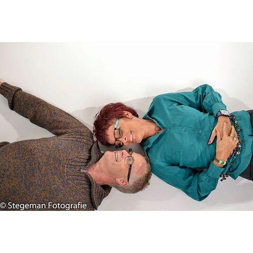"""""""Happy couple"""" Stegemanfotografie Studionijmegen Fotografie Fotoshoot photography photoshoot inlove liefde happy"""