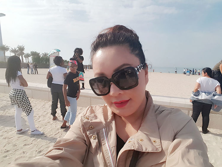 My Travel In Dubai Series: United Arab Emirates Dubai❤ Jumeirahbeach Hanging Out Leisure Activity Vacations Selfie ✌ Travel Photography Selfportrait Enjoying Life For My Own Photo Journal Exploring Beachphotography Tranquility One Of My Favorite Things