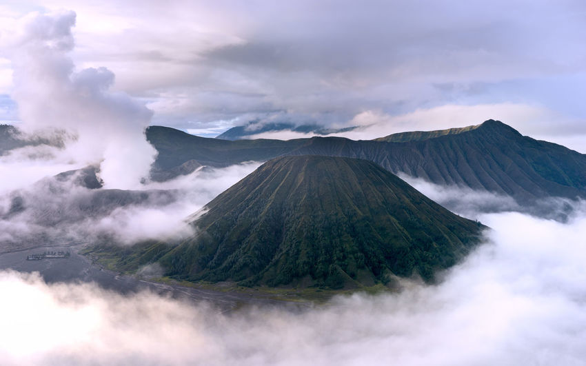 Beauty In Nature Bromo Bromo Mountain Clouds Clouds Collection Cloudscape Cloudscapes Cloudsporn Crater INDONESIA Indonesia_photography Landscape Landscape Photography Landscape_captures Landscape_Collection Landscape_photography Landscapes Mount Batok Mount Bromo Mountain Nature Ring Of Clouds