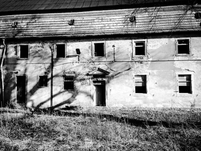 Barn Damaged Deterioration Destroyed Buildings Destruction Abandoned Places Abandoned Buildings Ruined Ruins Barns Bad Condition Blackandwhite