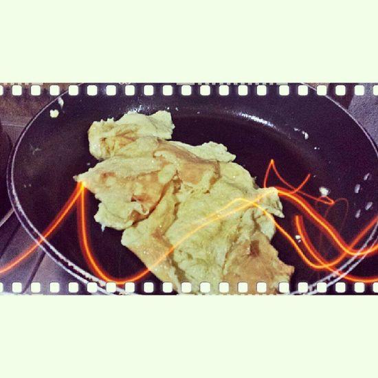 Bon apetit! ;) @imairaelloso @imoyelledeleon Bryan Precious