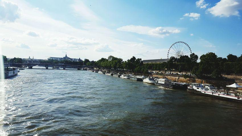 Journée Journeyphotography Blue Sky Grande Roue Journey Tuileries Garden Jardin Des Tuileries Sky Summer Grandpalais Paris Pont Bluesky Seine River