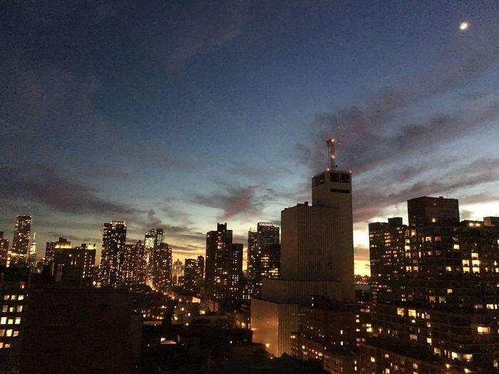 Moon Sicklemoon Manhattan Skyline Hellskitchen Hells Kitchen  NYC NYC Skyline Fridaynightlights