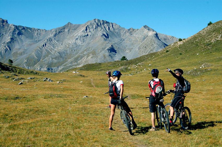 Discussing Engadin Grass Group Of People Meadow Mountain Biking Mountainbike Mountains Switzerland EyeEmNewHere