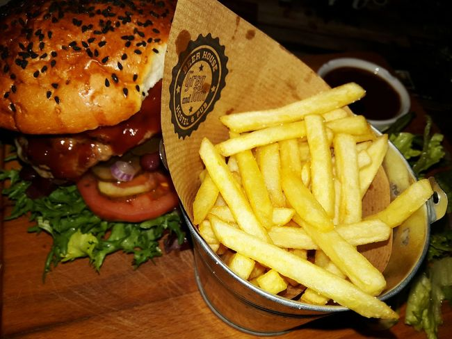 French Fries Prepared Potato Food Fast Food Bread Food and Drink Indoors  Ready-to-eat No People Unhealthy Eating Homemade Hamburger Bocadillo Salad Lunch Slurp Novegan EatAll Poland Cracow Break Time Good Comfort Foods Restaurant Eating Visual Feast Crafted Beauty Food Stories