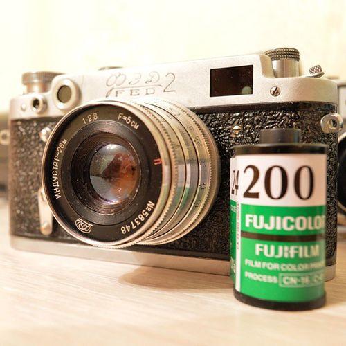 Film Filmcamera Analogcamera Analog 35mm Cameracollection Filmrangefinder Leica Leicacopy Oldcamera Classiccamera Camera