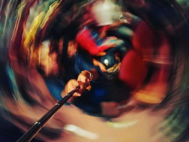 How do I even 😮 Woahwoahwoah HowDoesThisHappen Trippyshit Spun Selfiestick