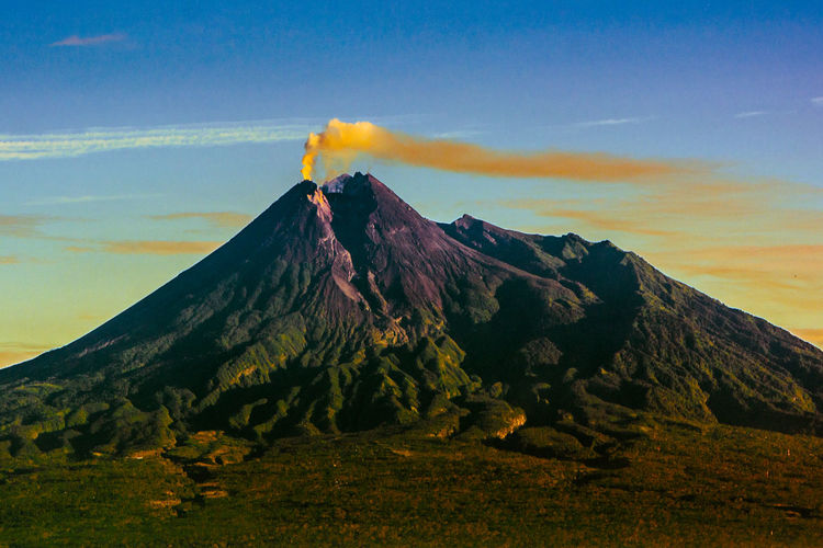 merapi volcano Wonderful Indonesia Pesonaindonesia Worldcaptures Merapi Volcano Merapimountain Merapi Mountain , Yogyakarta , Indonesia #mountain #popular #enjoy #indonesia Merapi In The Morning INDONESIA Indonesia_photography Landscape_Collection Landscape_photography Landscape #Nature #photography Mountain Sky Landscape Grass Lava Volcano Volcanic Landscape Volcanic Activity Ash Active Volcano Sicily Geyser Sulphur Volcanic Rock First Eyeem Photo Go Higher This Is Queer EyeEmNewHere