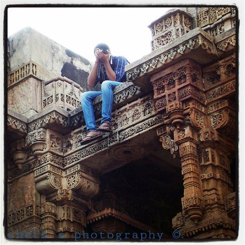 This stunts are performed by professionals. Don't try this at home. Adalajstepwell Instameet4 .0 Instagram_ahmedabad Iga Igers Im4 Architects Engineering Rare Edited Photography Photographer Clickographer Clickography Picoftheday Photooftheday Instagram Instagallery Instafun Instaboy Instapic Uncommonphotos Unique Jainamsheth Thesheth technofreaks nikon passion