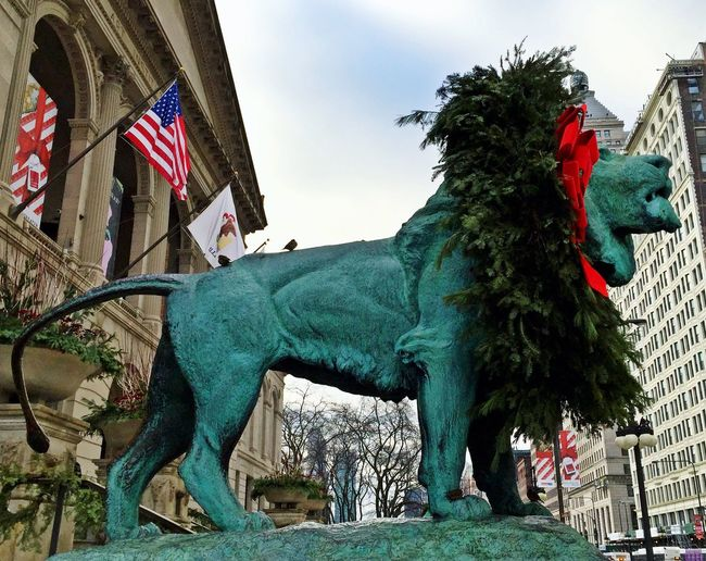 Lion Art Institute Of Chicago Happyholidays Cheese! IPS2015Xmas