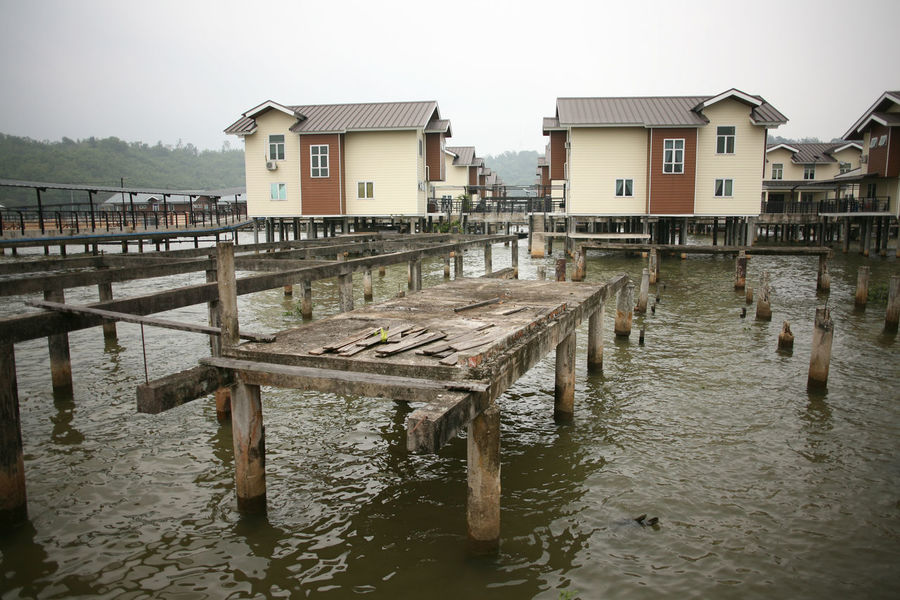 Typical brunei housing stock in the capital city of Brunei (Negara Brunei Darussalam) Brunei Architecture Brune Brunette Building Exterior Built Structure Day Lake Nature Outdoors Sky Water Wood - Material Wooden Post