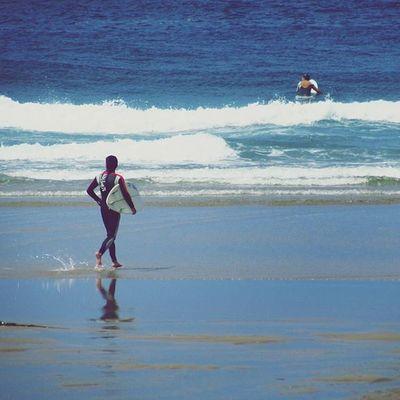 🐬🐚No son nuestras habilidades las que muestran como somos, son nuestras elecciones... shot by:vitescor Sea Waves Beaches Marineworld Places Surfplaces Surfboard Pantinbeach Watersports Marinelife Beachlife Desconectingmoments Wave Galifornia Galiciacalidade Igersspain Westcoastspain Meetgalifornia