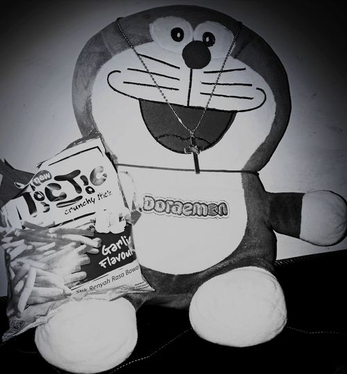 Doraemon and snack