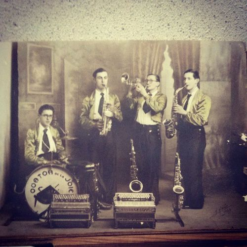 My grandfather was a rock star 1939 Quatuordelajoie Loiret France