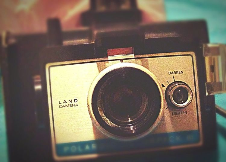 Retro Styled Number Old-fashioned Camera - Photographic Equipment Technology Close-up No People Indoors  Day Polaroid Land Camera Vintage Camera Film Is Not Dead Film Photography Maximum Closeness History Of Photography Amazing Find Private Camera Collection Amazing Gift EyeEm Ready