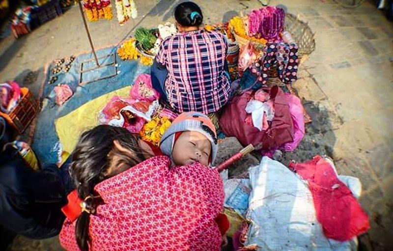 The streets are full of love. Basantapur Colorsofnepal Nepalphotoproject Travel Hamrophotos Kathmandu Sisterslove Sister Streetstyle
