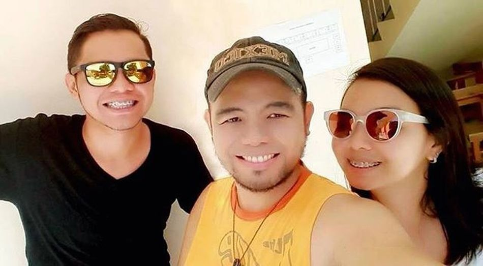 Together we stand... Together we vote... Siblings TheCastanedas Election2016 PhilippineElections ❤️😊👩🏻👱🏼👱🏼