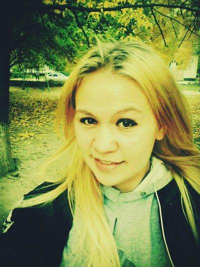 )))) Hi!