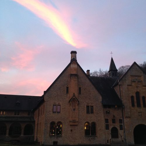 Relaxing Taking Photos Abbey Peace Monk  Colorful Morning Light Sky Sunlight Enjoying Life That's Me Abbaye