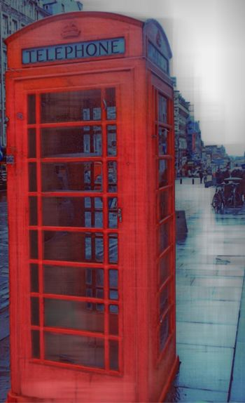 Dublin red box! Dublin Communication Telephone Booth Red Pay Phone Text Telephone Connection