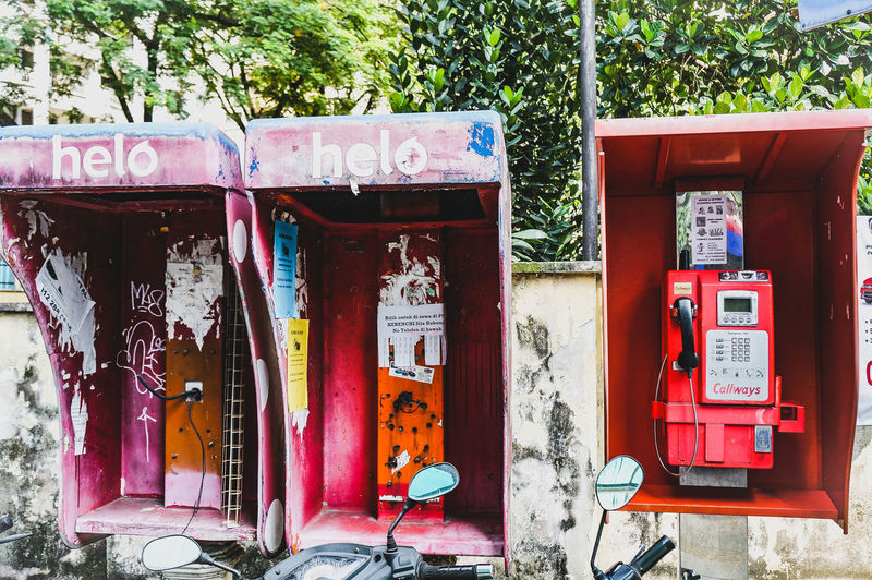 Kuala Lumpur Phone Booth Phone Box Urban City Odd Oddphotograpgy Pay Phone Red Communication Telephone Booth Vandalism