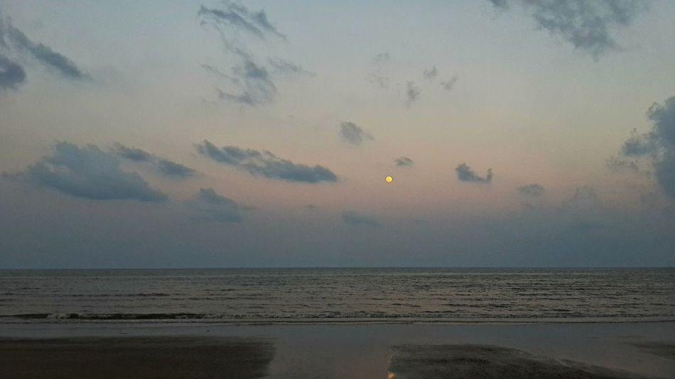 Fullmoon Chumphon Fullmoon Horizon Over Water Lang Suan Ocean Pak Nam Lang Suan Sea Seascape Sky Thailand Water