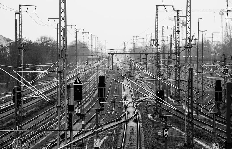 confusion ... Bahn Berliner Ansichten Built Structure Cable City Life Confusion Connection Electricity  Gleise Global Photographer Works Exhibition Konfusion Metal Power Line  Power Supply Public Transportation Rail Transportation Railroad Track Schienen Showcase March Signaletique Sky Stadtleben Transportation Urban Urban Landscape