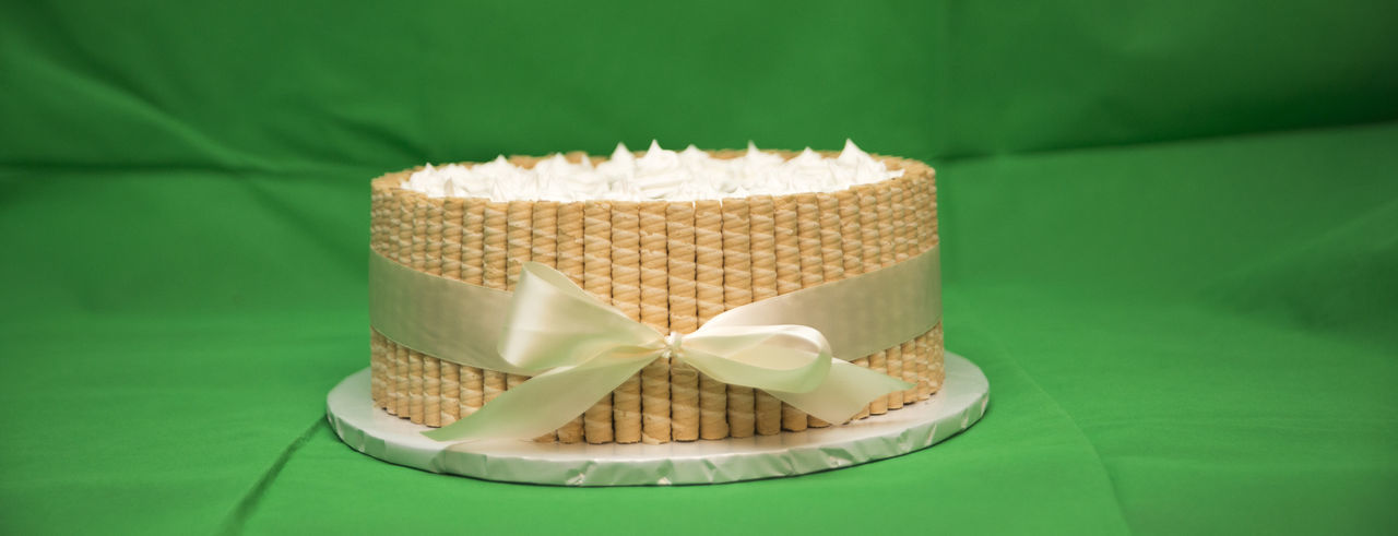 cake Birthday Cake Green Color Ribbon Birhday Cake Carbohydrates Close-up Day Green Color Indoors  No People Stick Sweet Food Wrapped