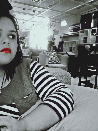 Mi sis Red Lips Black&white Redfire