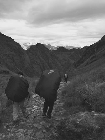 Enjoying Life Hikingadventures Outdoor Naturelovers Inca Trail Peru Inca Warrior Challenge The Great Outdoors - 2016 EyeEm Awards Hiking on the ancient inca trail to Machu Picchu Taking Photos Black & White B&w Adventure Club Gadventures Lost In The Landscape