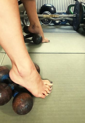 Embrace the weirdness Gym Weirdness Foot Woman Feet Sports Lifting Fitness Weights Iron Weightlifting Strong Human Body Part Body Part Low Section Real People Human Leg People Lifestyles Women Adult barefoot Flooring Human Foot Human Limb