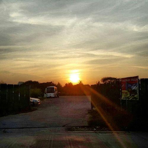 ท้องฟ้าหน้าออฟฟิศ Sunset Evening Sky Gdetravel ^_^