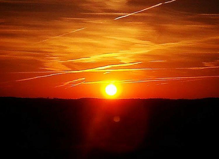 Sunrise_sunsets_aroundworld Paintedsky Country Living Countrylife Canada Iamcanadian Ontario Nature Outdoors 43 Golden Moments Golden Sunrisephotography Sunrise