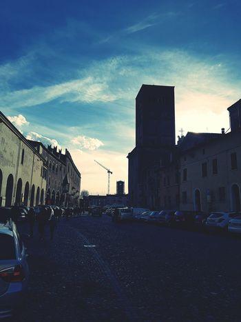 Mantova HomeSweetHome🏠 Street Peole And Places Urban Skyline