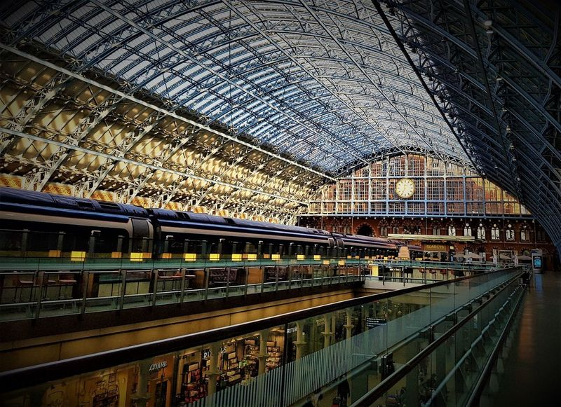 London St Pancras International Station Eurostar 2017 (Colour) 2017 2017 Year England, UK Eurostar Train Eurostar Terminal London Great Britain LONDON❤ London St Pancras St Pancras Station Travel Photography United Kingdom Architecture Built Structure Day Indoors  London_only No People Public Transportation Rail Transportation Railroad Station Railroad Station Platform Transportation Travel Destinations Travelphotography