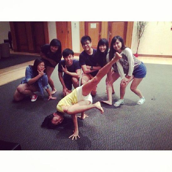 How we spent our sunday evening together for our upcoming audition. We have only a short period to learn but had really enjoyed myself with you all tgt. Hehe. No matter what is the outcome of our audition, JIAYOU TO US! Nice Ending pose haha! Ps: Hope I wouldnt be a burden though :/ @triciazayn @sinyeemidori @zhangmeiting @pophopop @jaexin94 @aaaaamos Aloysius Oursundaynight Practicetgt Fun