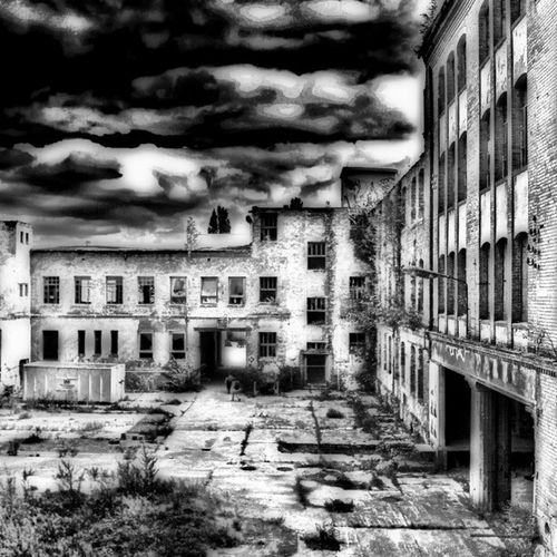 I can not decide between color and bw... so here a second edit... sry... Grime Abandonedbuilding Urbanexploration Bws_artist_eu Bw_lover Irox_bwoftheday Findingbeautyoutofshit Dark_arts_hdr Lostplaces 50shadesofgrime Filthyfamily Grime_noir Urbanex Rottenfeed Abandoned Igdungeon Derelict Sfx_urbex Decay Lostplace Photowall Detailsofdecay Rotten Beautymess Urbex Lostinplace Partnersingrime Beautifuldecay Filthyfeeds Organisedgrime