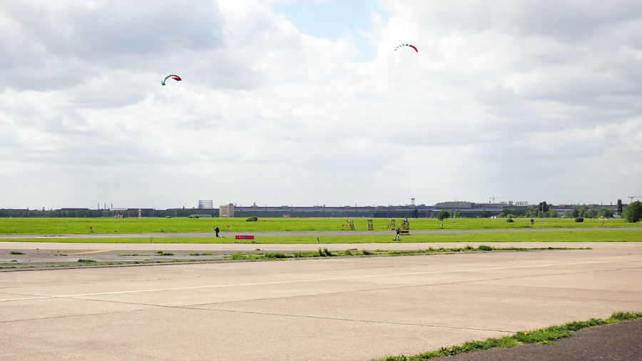 Tempelhofer Feld Collection Berlin Photography Berliner Ansichten Day Field Flying Full Length Grass Landscape Mid-air Nature Outdoors Parachute Paragliding Scenics Sky Tempelhofer Feld Tree