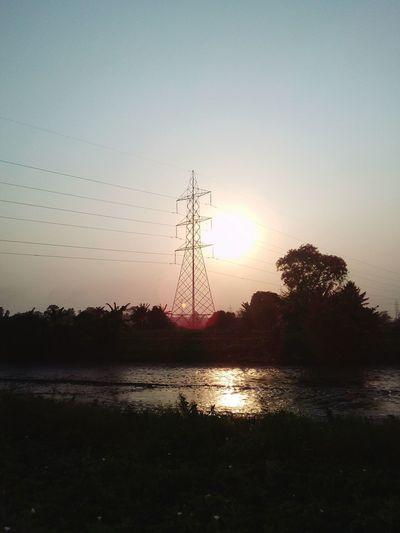 beautiful sun rise Sun Sun Rise Sun Set Beauty In Nature Beautiful