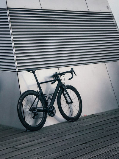 Minimalist Architecture Lines And Shapes Transportation Architecturelovers Style Modern Architecture Minimal Minimalistic Minimalobsession Architecturelovers Racing Bicycle Black And White Black Bicycle Bicycle Rack Built Structure Day Land Vehicle Mode Of Transport Transportation Mobility In Mega Cities The Still Life Photographer - 2018 EyeEm Awards