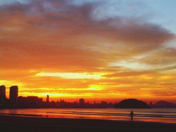 Sunset #sun #clouds #skylovers #sky #nature #beautifulinnature #naturalbeauty #photography #landscape Sun Light Sun Collection EyeEm Best Shots - Sunsets + Sunrise