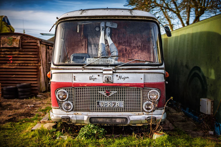 No dogs allowed in the club rooms Abandoned Alternative Housing Bus Faversham Funny Legs No People Old Buildings Sign Transportation
