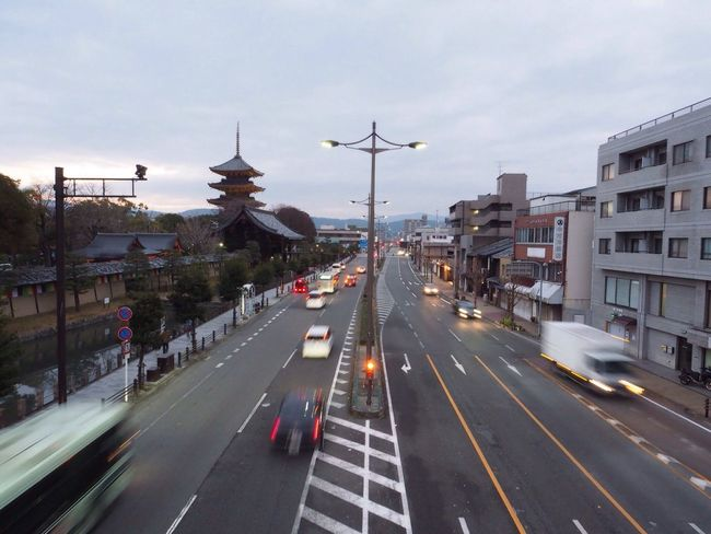 Kyoto Japan Toji Temple Temple Street City View  Morning Sunrise Olympus PEN-F 京都 日本 東寺 五重塔 寺 道路 街中 朝
