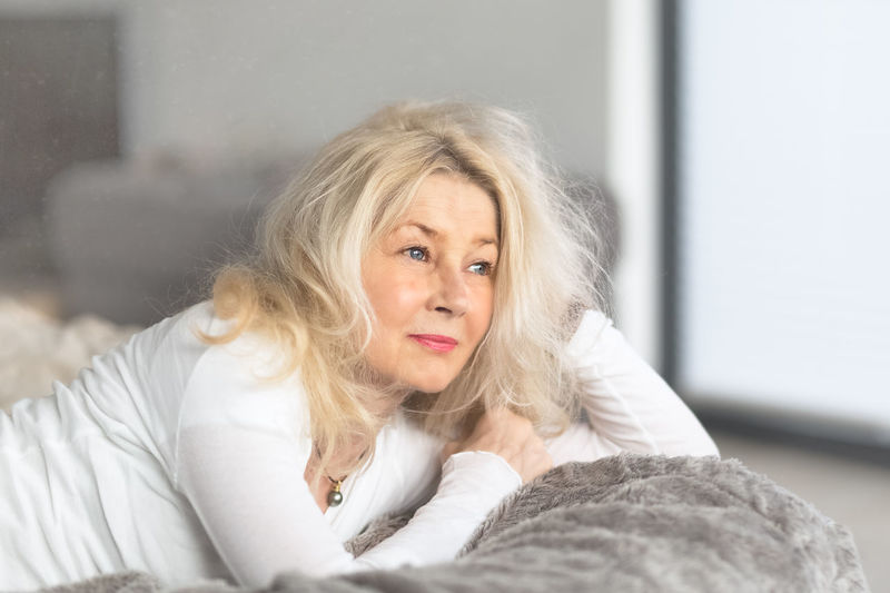 Lazy Day Gray Color Soft Colors  Portrait Of A Woman Portrait Laying In Bed Lazy Wavy Hair Long Hair Blue Eyes Blond Hair Woman Woman Portrait