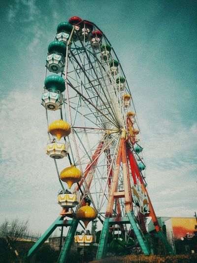 City Ferris Wheel Rollercoaster Sky Built Structure