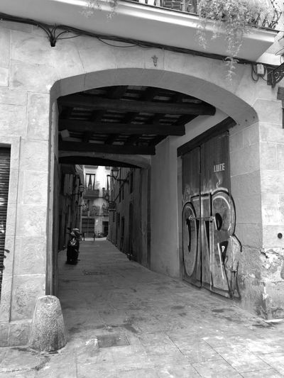 Arch Indoors  Architecture Built Structure Day No People Barcelona Streets Of Barcelona Black And White Photography