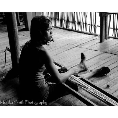 For more photos please visit the link in my profile. Ensaidpanjang Ensaitpajang Longhouse Borneo INDONESIA Orangutan Riseoftheecowarriors Ecowarriorsrise Savetherainforests Saynotopalmoil Savetheorangutan Canon Nature Monikasmithphotography Tree Colourful Weave Weaving