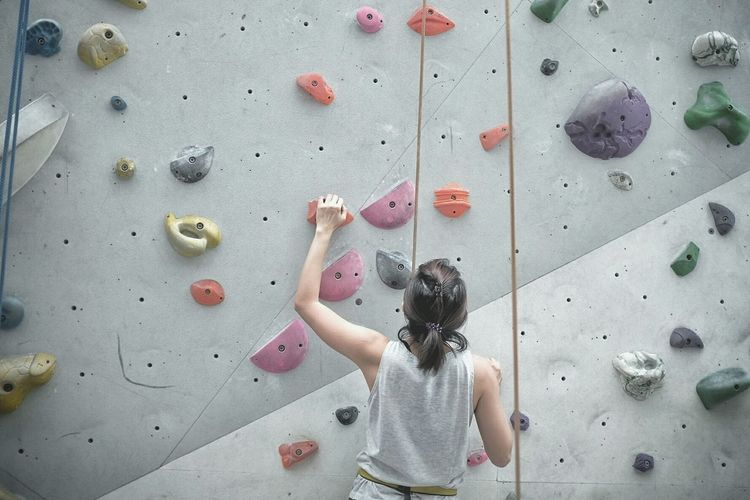 Almost there. Climbing Wall Exercising Healthy Lifestyle Strength Practicing Climbing Sport Indoors  Health Club Rock Climbing Indoor Rock Climbing Wall Climbing Singapore Fujifilm_xseries Fuji X100s Fujifilm FUJIFILM X100S Fujixseries Fujifeed EyeEm Selects EyeEmNewHere Indoors  Built Structure Gripping Leisure Activity