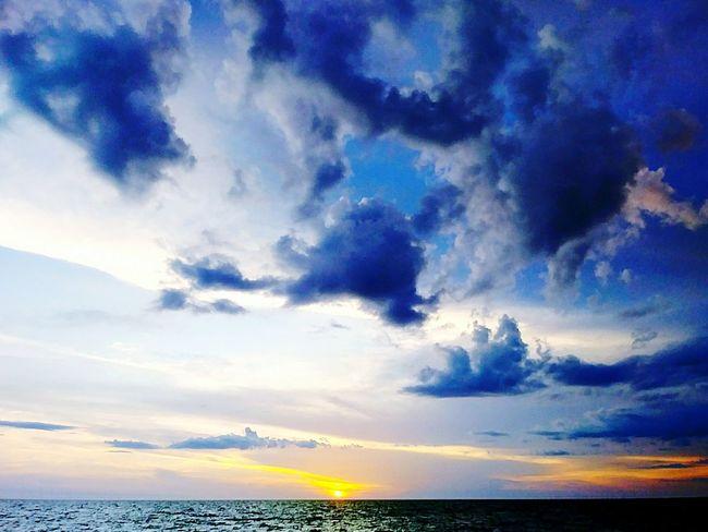 Naked_art Sunset_collection Aripeke Boobshot NakedWomenBodyArt Hernando County Florida Shrimping Workplace Ocean View Weekiwacheesprings Spring Hill Florida Funny Yellow Sun Love To Take Photos ❤ Orange Color Lovers Florida Freedom Boats⛵️ Ocean H2o Flower Water Sea Sunset Blue Horizon Beach Sky Horizon Over Water Cloud - Sky